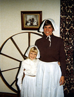 Ruth with her goddaughter, Catharine Hannay, in Pilgrim costumes for Thanksgiving (1975).
